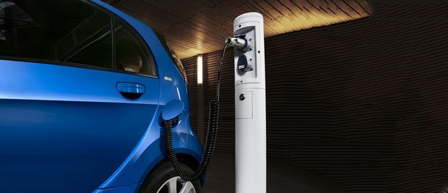 Citroen-Electric-Vehicle-Charging