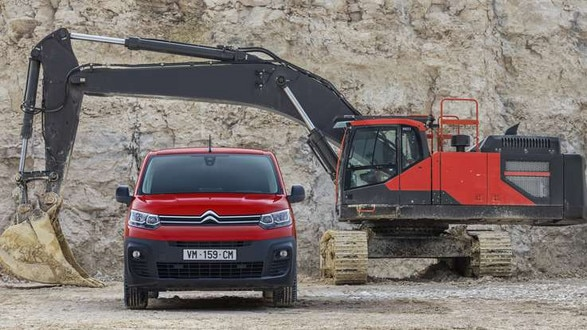 737x414-New-Citroen-Berlingo-Van-Front