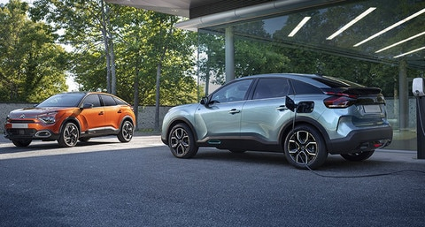 Citroën Ireland announce details of the new C4 and ë-C4 all electric hatchback